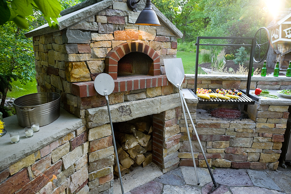 Deephaven_Pizza Oven